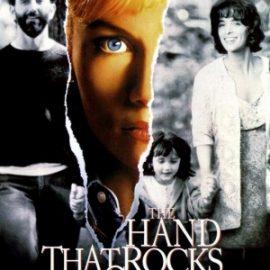 agente de bienes raices en The Hand that Rock the cradle film